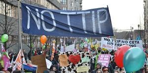 Paura dei franchi tiratori? Rinviato il voto del Parlamento Europeo sul TTIP