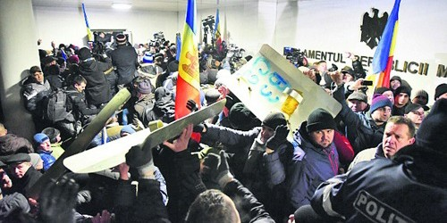 Perfino sulla pelle dei bambini. Moldavia, Ucraina e Georgia, voti scandalosi dell'Europarlamento