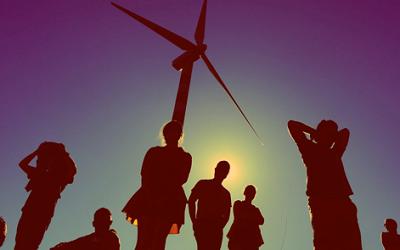 Costruire un'economia sociale nell'UE a partire dai beni comuni e dalle rinnovabili