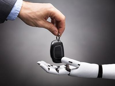Veicoli a guida autonoma. Legislazione, opportunità e rischi.