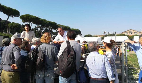 """Italia 5 Stelle 2018 l'emozione di tornare """"a casa"""" tra gli attivisti e gli amici di tante battaglie"""