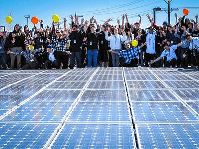 """L'utopia è diventata legge europea. Il diritto all'energia pulita """"a Km zero"""" è realtà"""